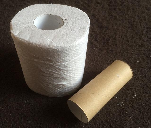 トイレットペーパーと芯