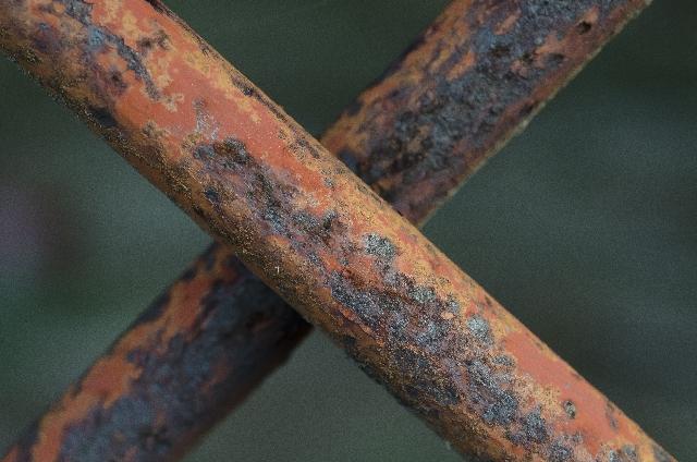 錆びた鉄の棒