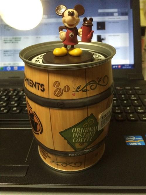 ミッキーマウスフィギュア付きインスタントコーヒー缶正面画像