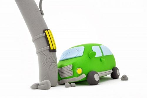 電柱の値段~交通事故で電柱破損した場合の損害賠償は?~