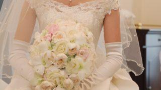 女性的♥ ローブデコルテのドレスを調査!