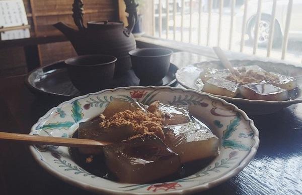 茶処 こ寿のわらび餅