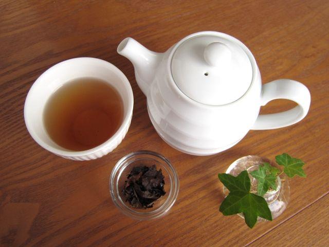 アツアツほうじ茶とティーポット