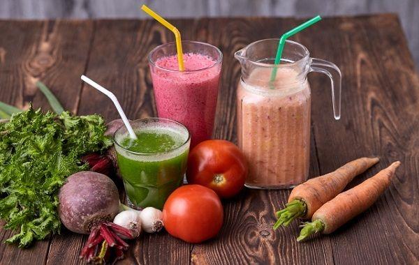 野菜ジュースを飲む効果は?どのような野菜ジュースを飲むのが良いのか?効果的に飲む時間はある?